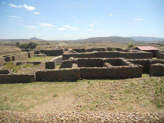 the-ruins-of-aksum.jpg